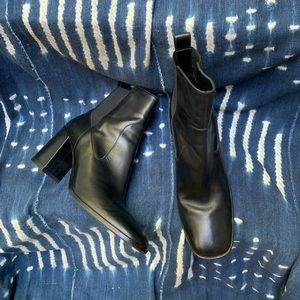 Via Spiga Black Leather Ankle Boot